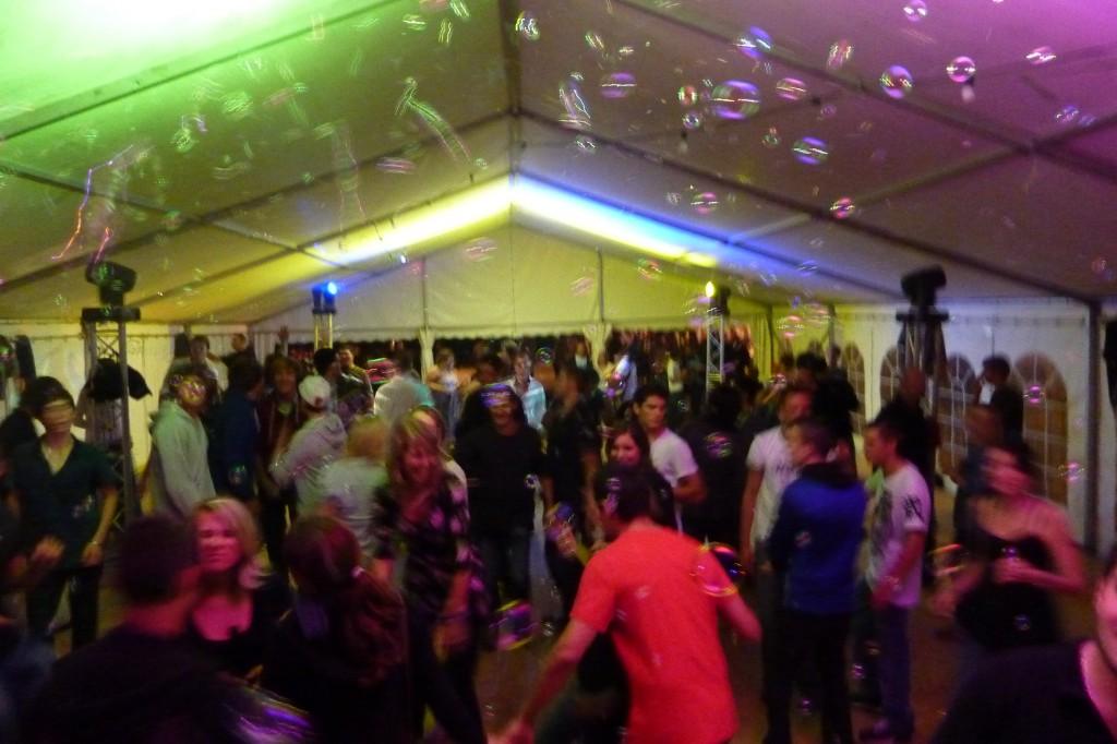Animation DJ Soirée Tempête de bulles du 13 Aout à Vendenesse-en-Auxois Cote d'or