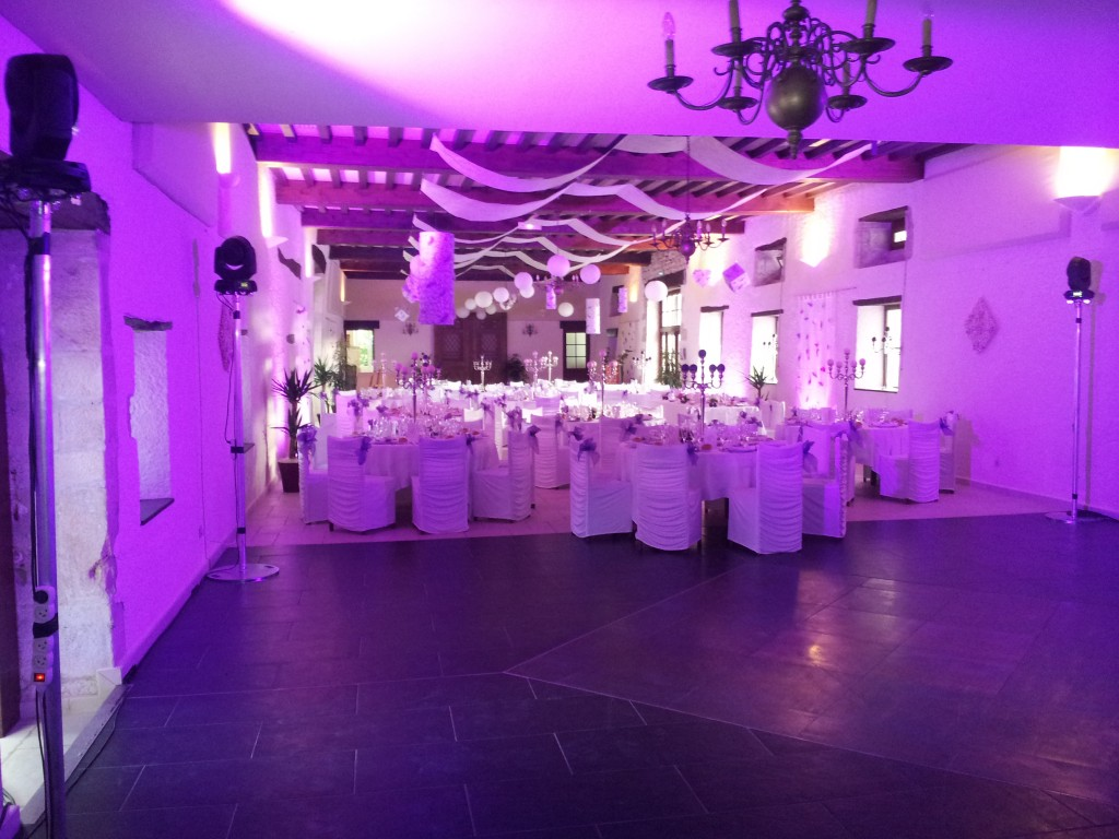 Mariage, animation DJ et Location d'éclairage Clos des Tourelles à Sennecey le Grand