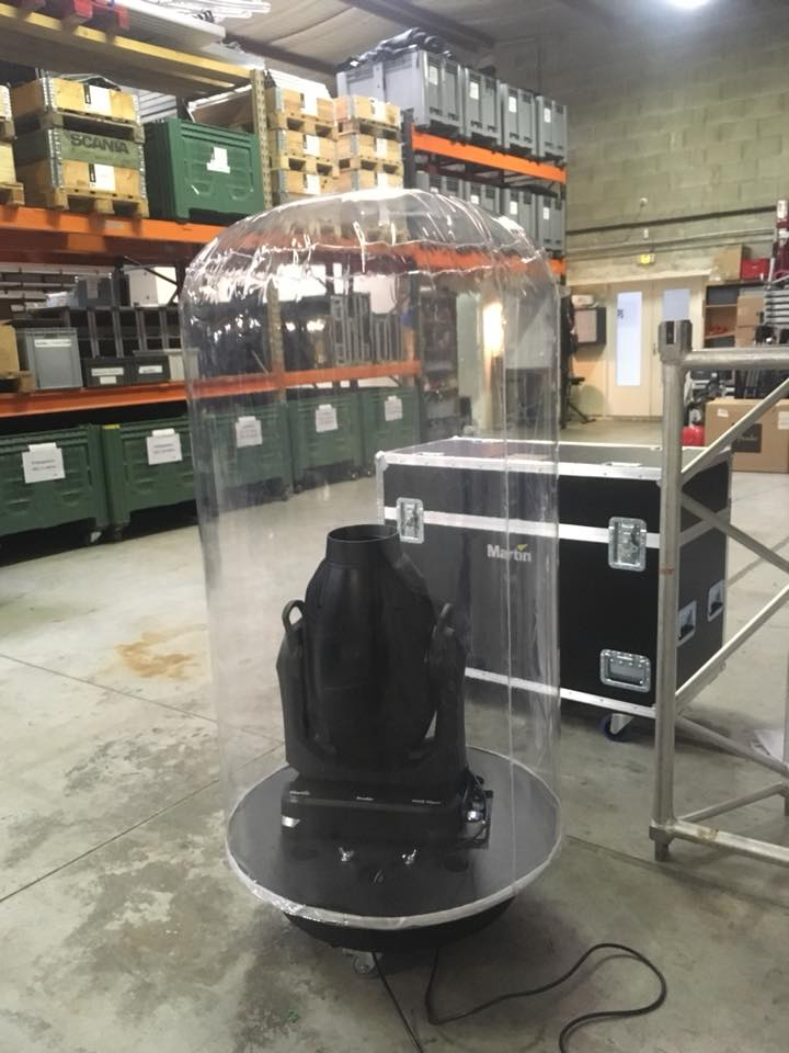 Protection pluie pour projecteur automatique ou éclairage Led